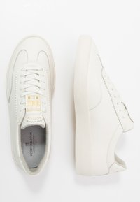 Scotch & Soda - PLAKKA - Sneakers basse - offwhite - 1