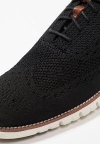 Cole Haan - STITCHLITE OXFORD - Casual lace-ups - black/ivory - 5