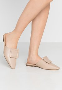 NA-KD - APPLICATION DETAILED - Mules - beige - 0