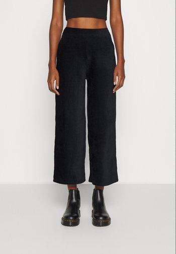 WIDE LEG CROPPED CORD TROUSERS - Pantaloni - black