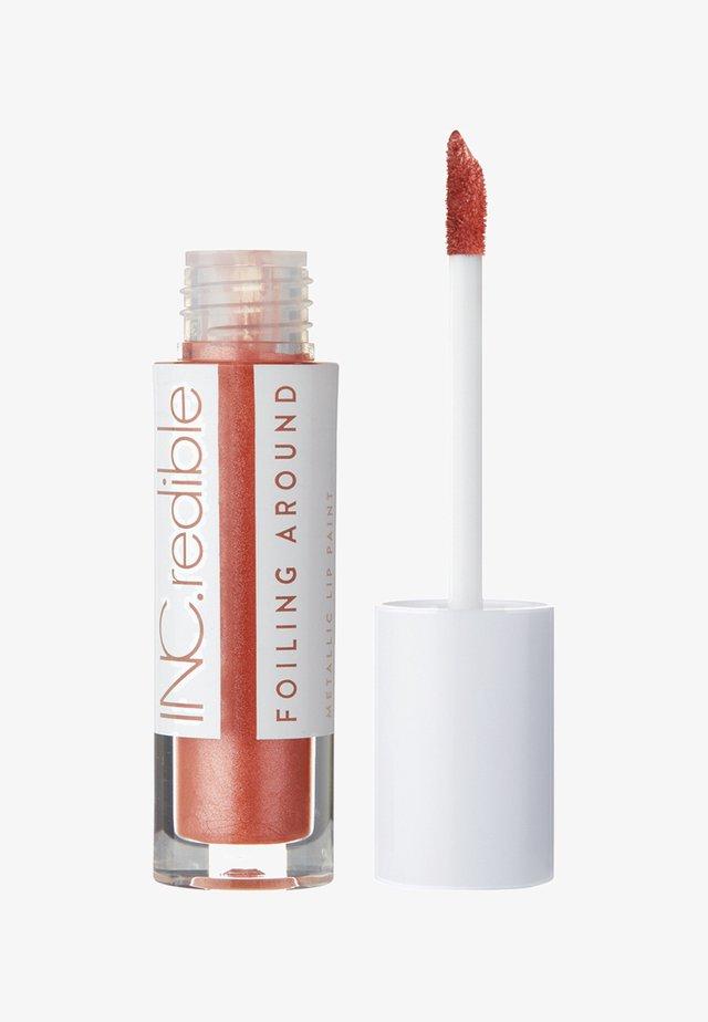 INC.REDIBLE FOILING AROUND METALLIC LIP PAINT - Flydende læbestift - 10073 my dirty brain