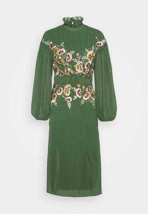 AURELIA - Robe de soirée - green