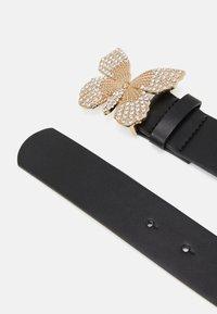 Pieces - PCFLY WAIST BELT - Waist belt - black/gold-coloured - 1