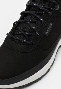 Timberland - FIELD TREKKER - Sneakers basse - black - 5