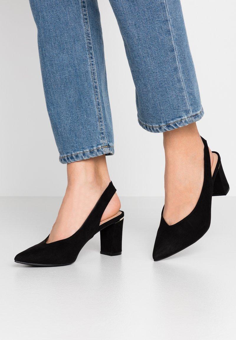 Dorothy Perkins - EMILY BLOCK HEEL SLINGBACK COURT - Classic heels - black