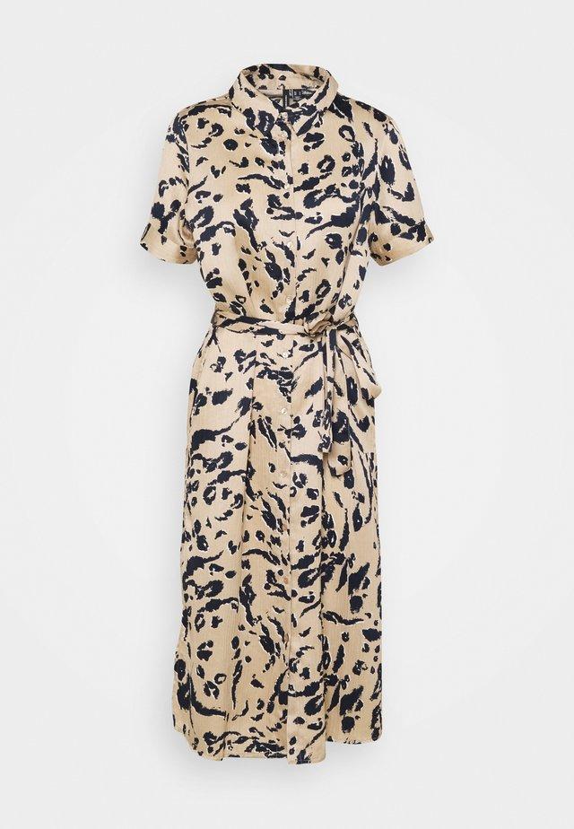 VMHAILEY SHIRT DRESS - Shirt dress - beige