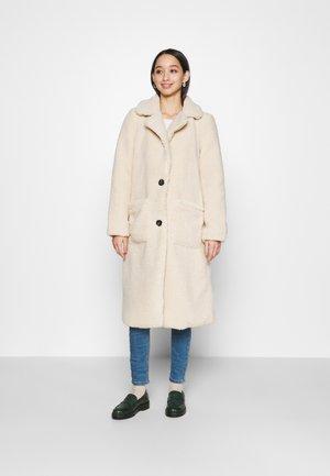ONLSTAR LONG TEDDY COAT  - Classic coat - pumice stone