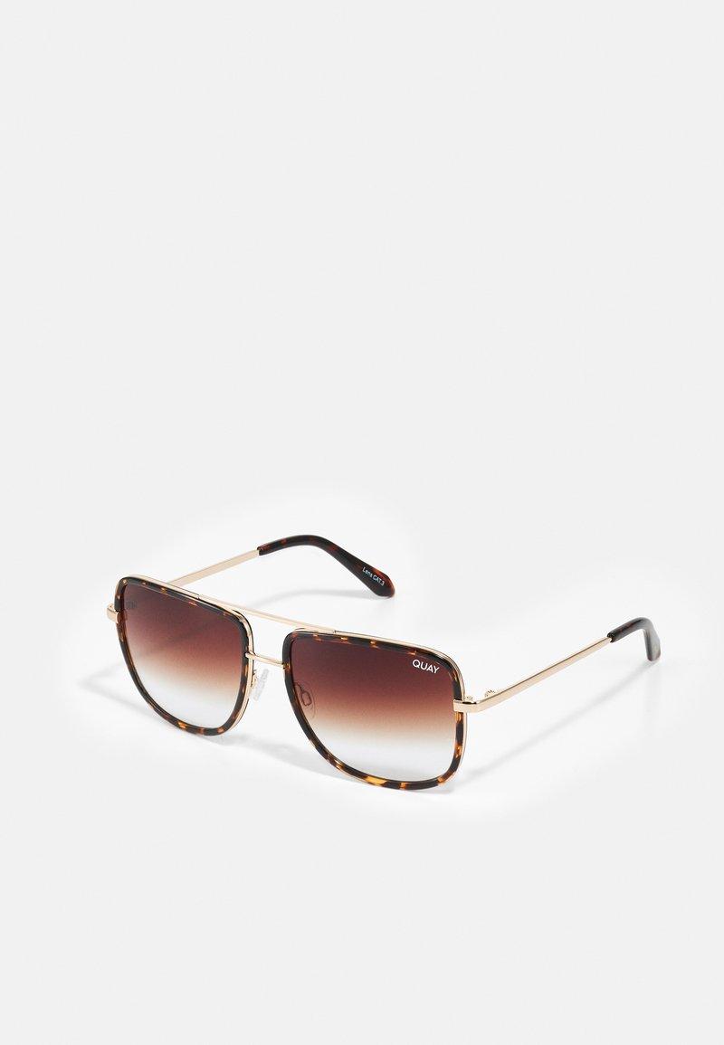 QUAY AUSTRALIA - ALL IN NAVIGATOR - Sunglasses - brown