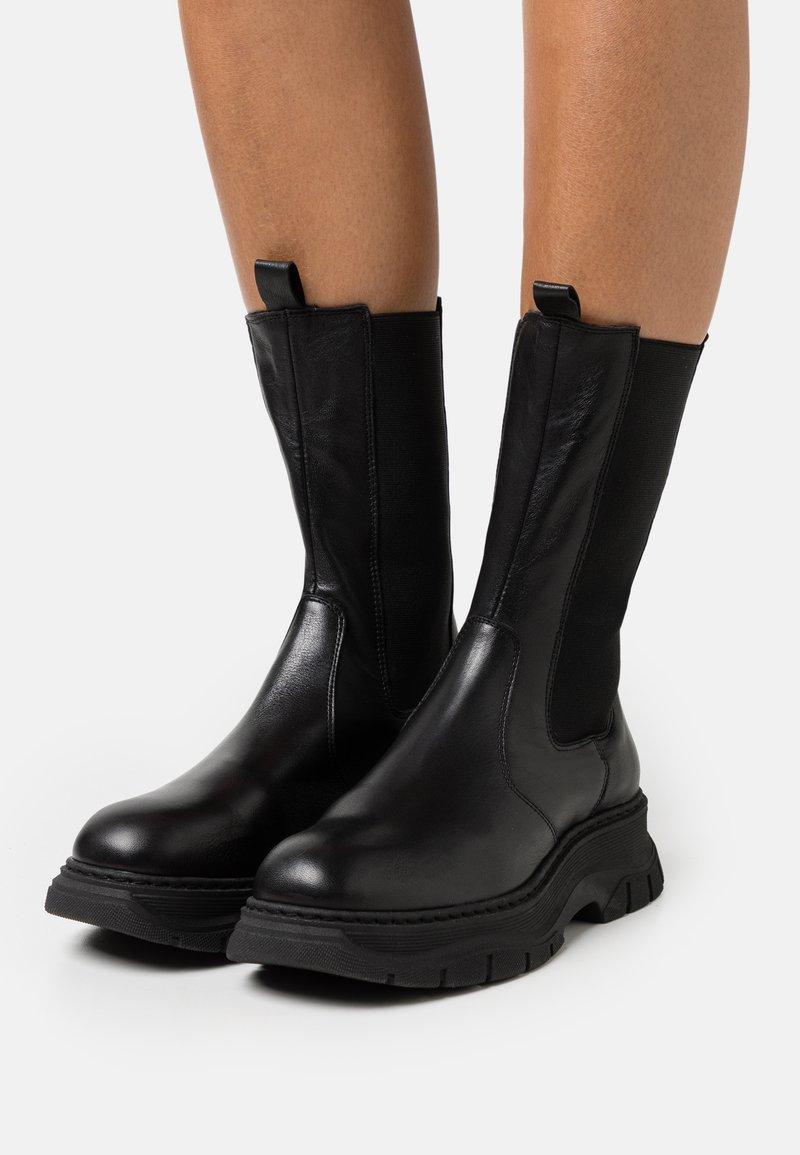 Chio - Platform boots - black dream