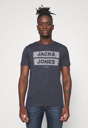 JJDENIMTEE CREW NECK - T-shirt con stampa - navy blazer