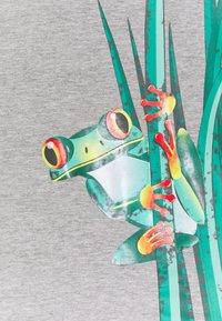 Lemon Beret - SMALL BOYS BERMUDA SET - Print T-shirt - grey melange - 3