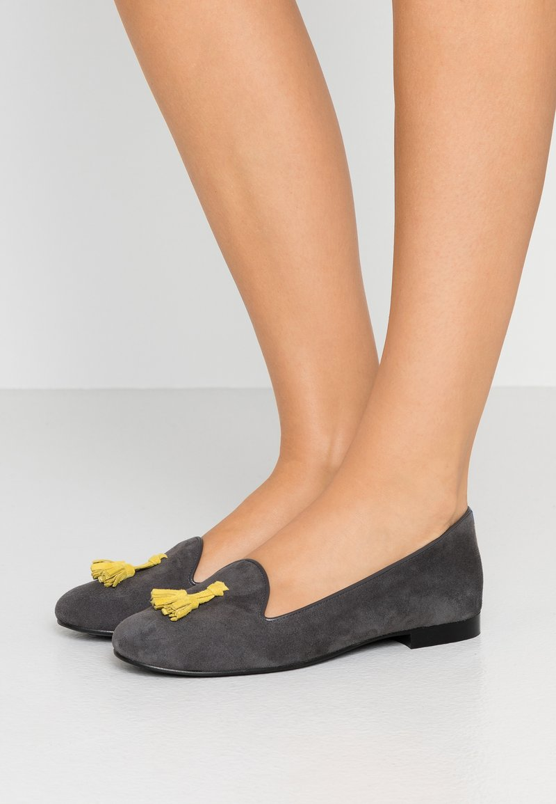 Chatelles - CLASSIC WITH TASSEL - Slip-ons - grey