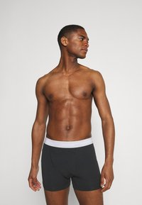 Calvin Klein Underwear - TRUNK 3 PACK - Culotte - black - 2