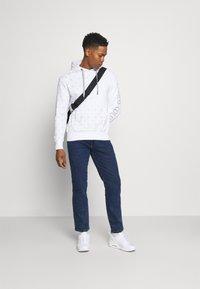 Wrangler - TEXAS - Jeans straight leg - blast blue - 1