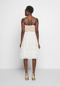 Needle & Thread - PENNYFLOWER EXCLUSIVE - Áčková sukně - moonshine white - 2