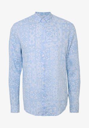Skjorte - pastel blue