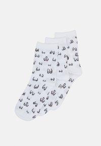 Monki - POLLY SOCK BOOBS 3 PACK - Ponožky - white light - 0