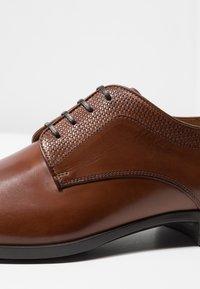BOSS - KENSINGTON - Smart lace-ups - medium brown - 6