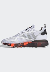 adidas Originals - ZX 2K BOOST UNISEX - Trainers - footwear white/silver metallic/core black - 5
