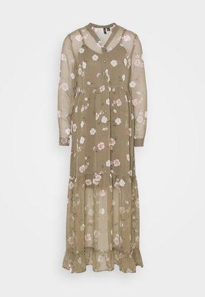 VMTALLIE - Maxi dress - bungee