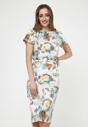 CALYPSO - Shift dress - milchig, hellbraun