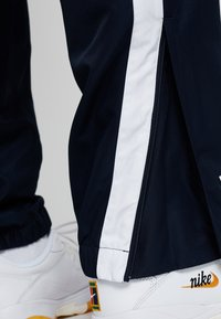 Lacoste Sport - PANT - Tracksuit bottoms - navy blue/ocean/white - 4