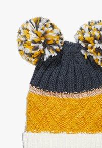 Chipie - HAT SNOOD SET - Sjaal - mustard - 1