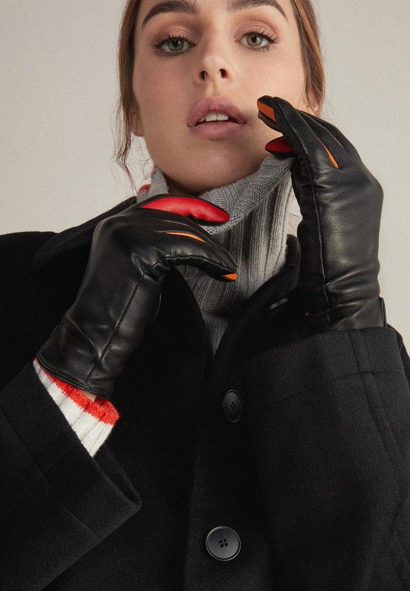 Falconeri - Gloves - nero