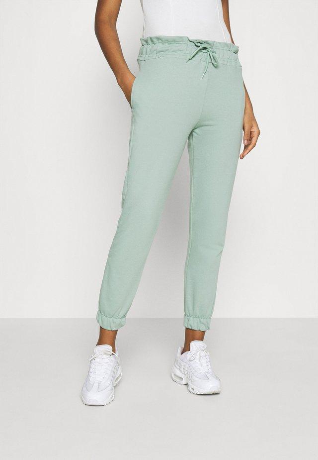 Pantalones deportivos - mint