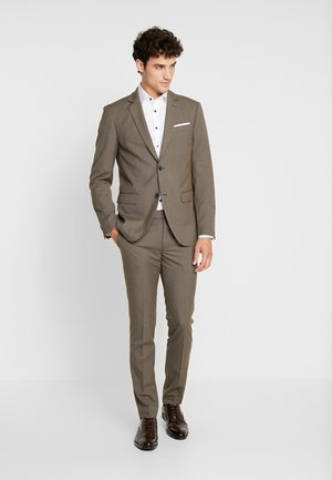 Suit - brown
