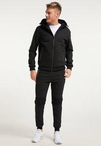 Mo - Zip-up hoodie - schwarz schwarz - 1