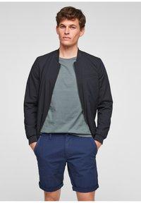 s.Oliver - BERMUDES - Shorts - blue - 5