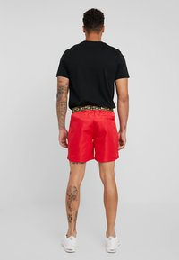 Glorious Gangsta - Tracksuit bottoms - red - 2