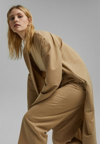 Esprit Collection - MIT BINDEGÜRTEL - Trousers - sand - 4