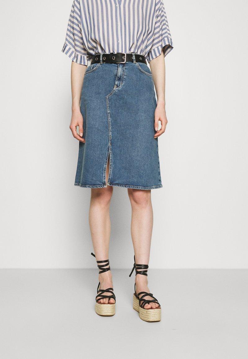 Carin Wester - SKIRT HOUSTON - Denimová sukně - denim blue