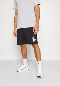 Nike Performance - SHORT STORY PACK - Korte sportsbukser - black - 0