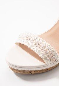 New Look Wide Fit - WIDE FIT PILAR  - Sandály na vysokém podpatku - offwhite - 2