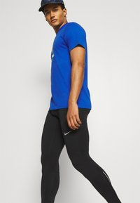 Nike Performance - Tights - black/reflective silver - 3