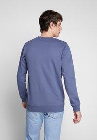 Urban Classics - BASIC CREW - Sweatshirt - vintageblue - 2