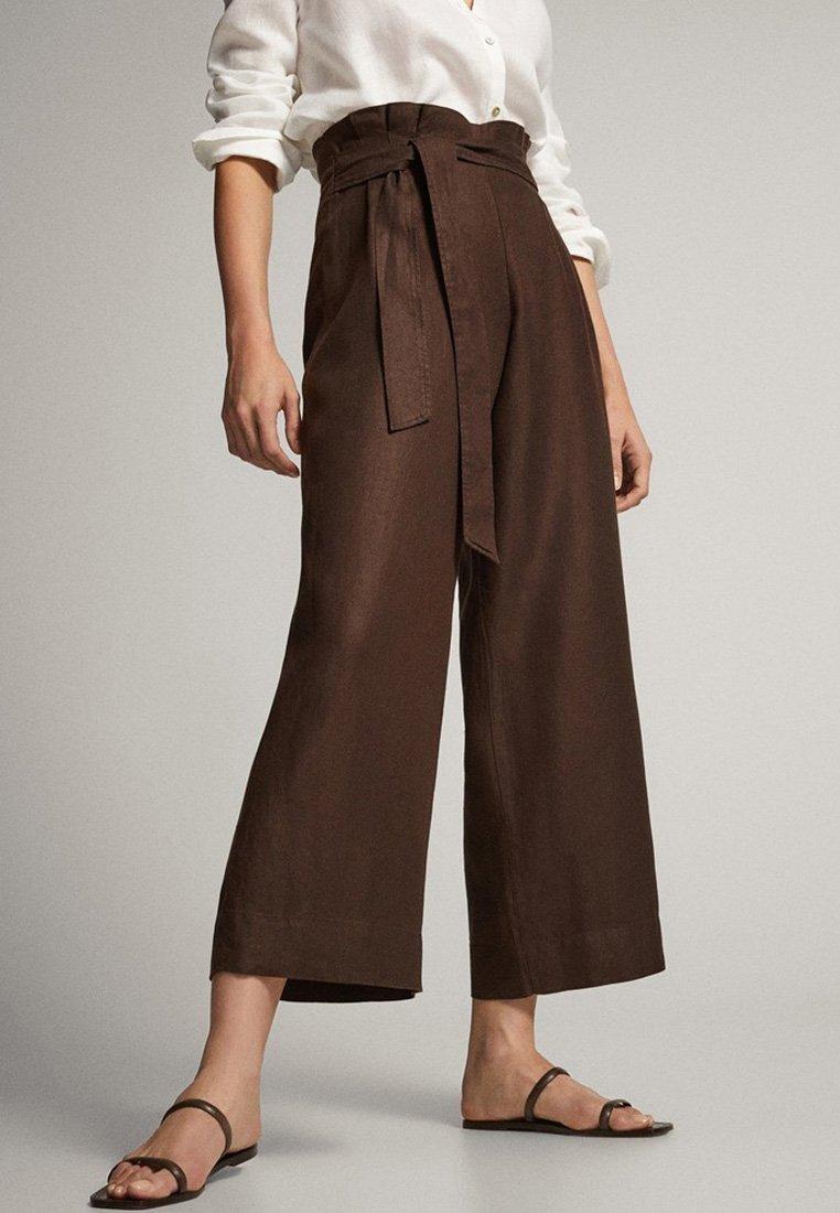 Massimo Dutti - CULOTTE AUS MIT BUNDFALTEN - Trousers - brown