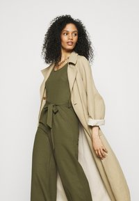 Anna Field - Belted sleeveless wide legs jumpsuit - Overall / Jumpsuit - green - 3