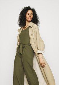Anna Field - Belted sleeveless wide legs jumpsuit - Jumpsuit - green - 3