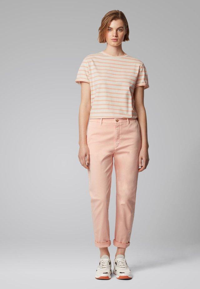 TESPRING - T-shirt con stampa - light orange