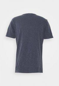 YMC You Must Create - WILD ONES POCKET - T-shirt basique - navy - 7
