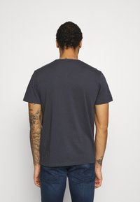 Pepe Jeans - WILLIAM - T-shirt med print - thames - 2
