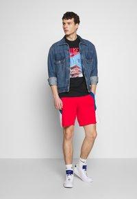 Nike Sportswear - AIR PHOTO TEE - T-shirt con stampa - black - 1