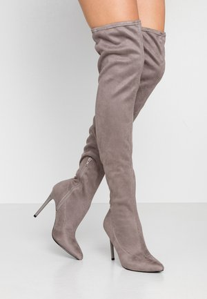 High heeled boots - grey