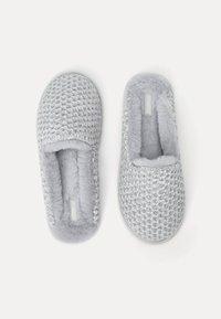 OYSHO - CHENILLE  - Slippers - grey - 1