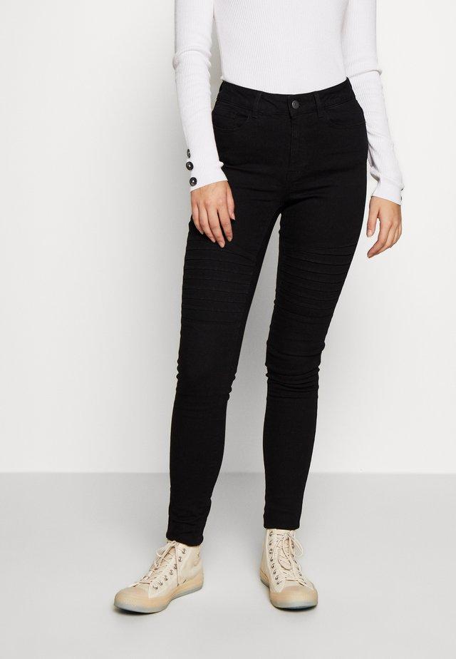 VMHOT SEVEN BIKER PANTS - Skinny džíny - black