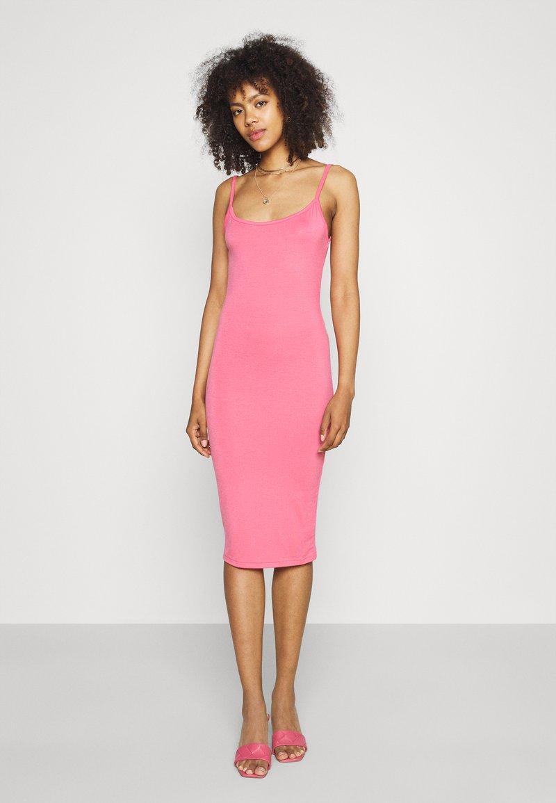 Missguided - BASIC CAMI MIDI DRESS - Jersey dress - rose